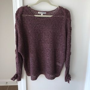 Slouchy spring sweater. Dusty raisin color.